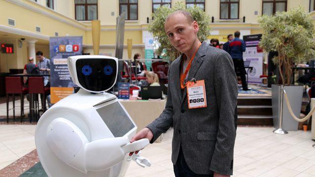 роботами знакомства с